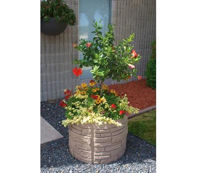 Sierra Stone self watering planter round Equinox
